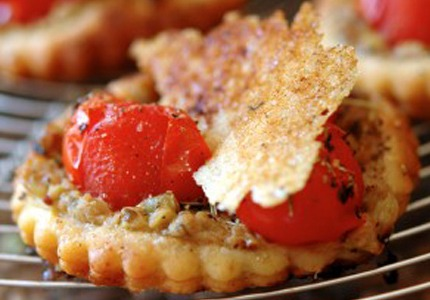 TOMATOES AND THOIONADE TARTLETS